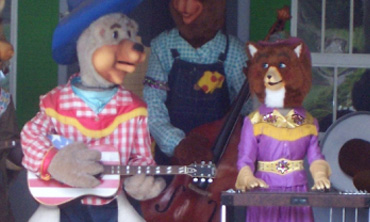 Bears playing instruments