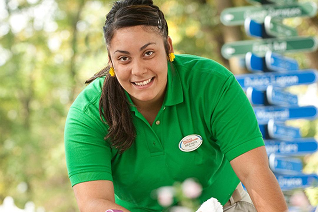 Employees at Dutch Wonderland
