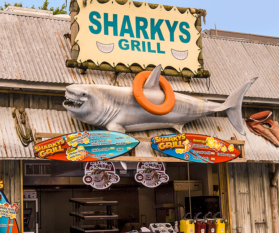 Sharkys Grill food stand at Dutch Wonderland